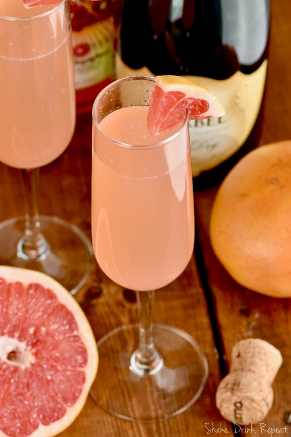 The ingredients for this champagne cocktail are vodka, juice, and champagne! So easy!